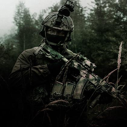 http://aparkov.ru/wp-content/uploads/2014/06/army1_thumb.jpg